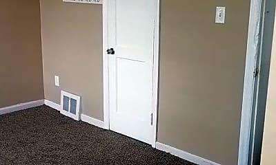 Bedroom, 17509 Meyers Rd, 2