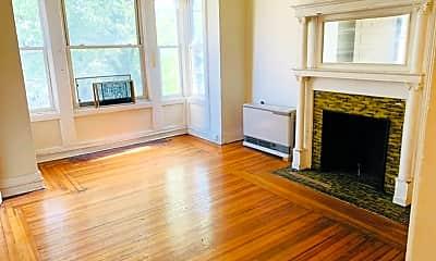 Living Room, 28 Robin St, 0