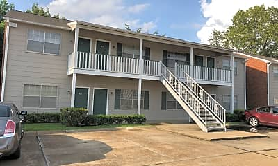 Oakpointe Apartments, 2