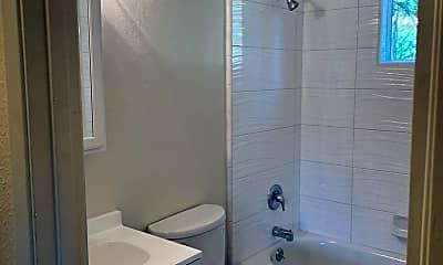 Bathroom, 1181 Herbert Ave, 2