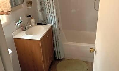 Bathroom, 29 Paterson Ave 11, 2