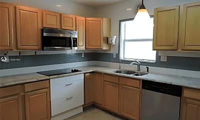 Kitchen, 1630 Tyler St, 2