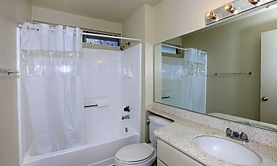 Bathroom, Pinecrest Apartment Homes, 2