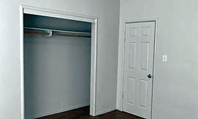 Bedroom, 144 N Grant St, 1