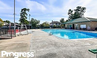 Pool, 28710 Raestone St, 2