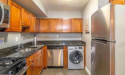 Kitchen, 3103 Naylor Rd SE B, 1