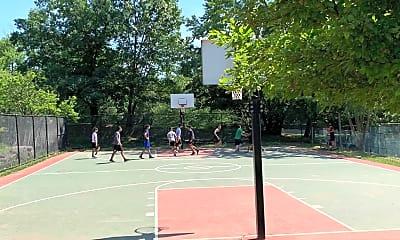 202 Park Knoll, 2