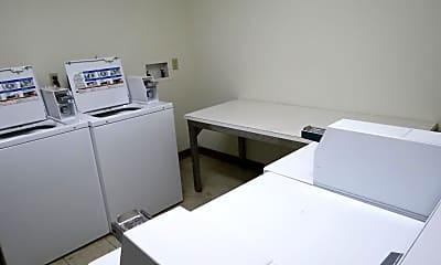 Storage Room, 905 W Springfield, 2