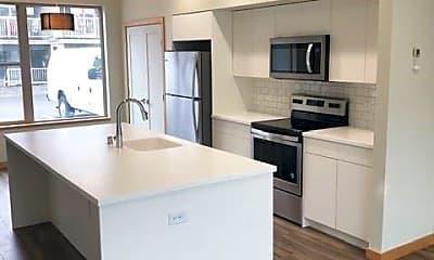 Kitchen, 1174 E Grover St, 1