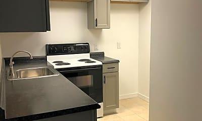 Kitchen, 1425 1/2 Lewis St, 2