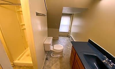 Bathroom, 77 Frambes Ave, 2