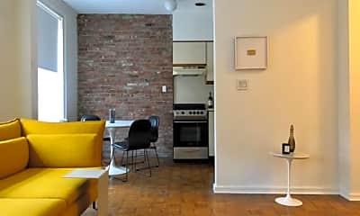 Living Room, 15 Cranberry St, 1