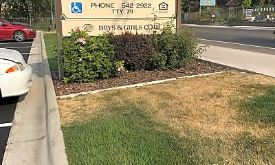 Council Groves Apartments, 1