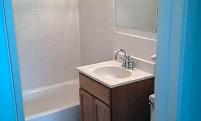 Bathroom, 8848 Goodrich Rd, 2