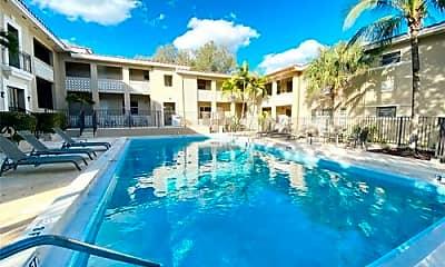 Pool, 125 Edgewater Dr, 2