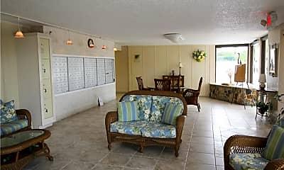 Living Room, 1230 Gulf Blvd 1805, 2