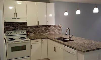 Kitchen, 4390 Riverside Dr, 2