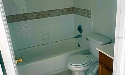 Bathroom, 122 Caribbean St 4, 2