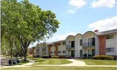 Deer Trail Apartments, 1