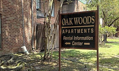 Oakwoods Apartments, 1