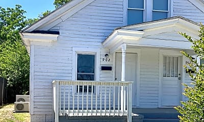 Building, 902 East St, 0
