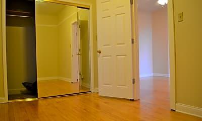 Bedroom, 2747 W Armitage Ave 2R, 2