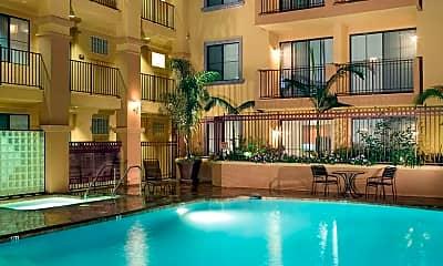 Pool, City Lights on Fig, 1
