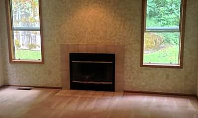 Living Room, 17402 NE 28th St, 1