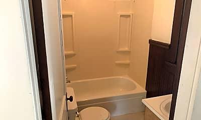 Bathroom, 68 Sullivan St, 2