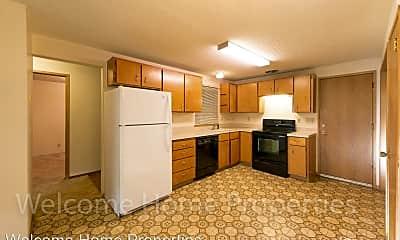 Kitchen, 253 NE Damson Ave, 0