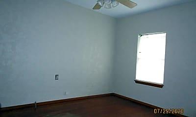 Bedroom, 409 College Ave, 2