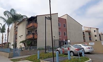 Lomita Manor, 0