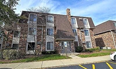 Building, 229 W Ct of Shorewood 3A, 1