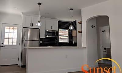 Kitchen, 1130 Sassafras St, 1
