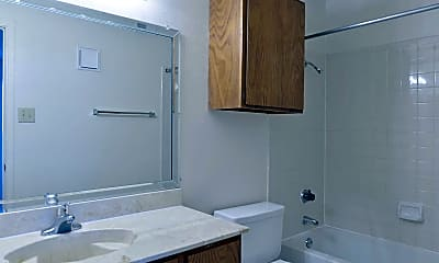 Bathroom, Trails Apartment Homes, The, 2