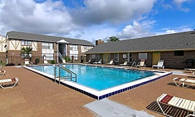 Pool, Royal Place, 0