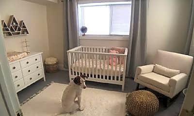 Bedroom, 5019 N Ashland Ave, 2