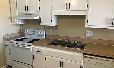 Kitchen, 826 Andalusia Blvd, 1