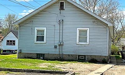 Building, 1303 N Rural St, 2