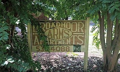 Broadmoor Arms Apartments, 1