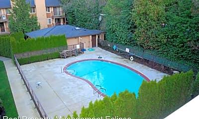 Pool, 8244 126th Ave NE, 2