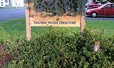 Lincoln Woods Apartments, 1