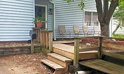 Patio / Deck, 306 N Fair St, 0