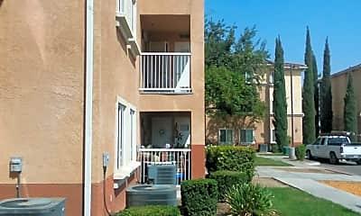 Summercrest Apartment Homes, 2
