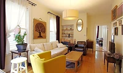 Living Room, 34 Essex St, 1