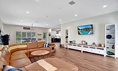 Living Room, 2622 NE 27th Ave, 0