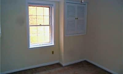 Bedroom, 500 Delaware St, 1