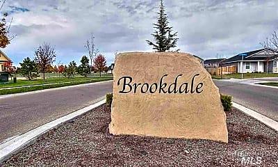 Community Signage, 16736 N Fielding Way, 2
