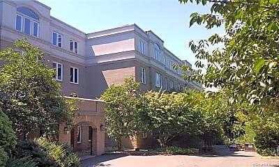 Building, 500 Prospect St 2E, 1