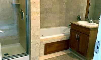 Bathroom, 1001 Gorge Rd, 1